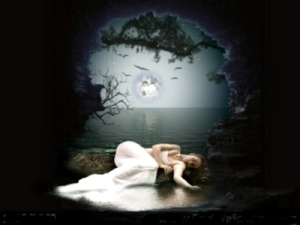 Lonley-In-The-Moonlight